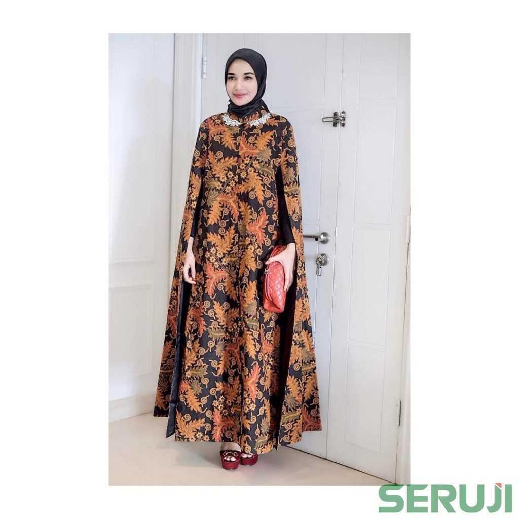 Bingung Baju Untuk Kondangan Dress Batik Syar I Zaskia Sungkar Ini Bisa Jadi Solusinya Seruji