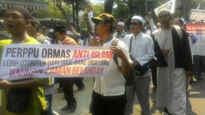 Aksi penolakan Perppu Ormas