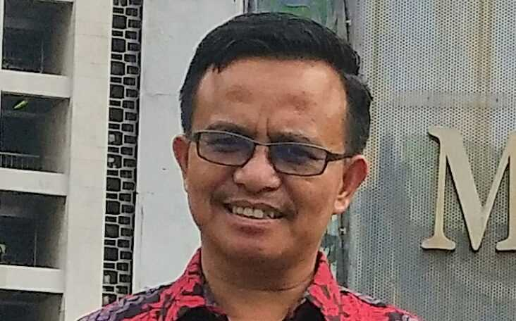 dr. H. Elfizon Amir, SpPD. FINASIM