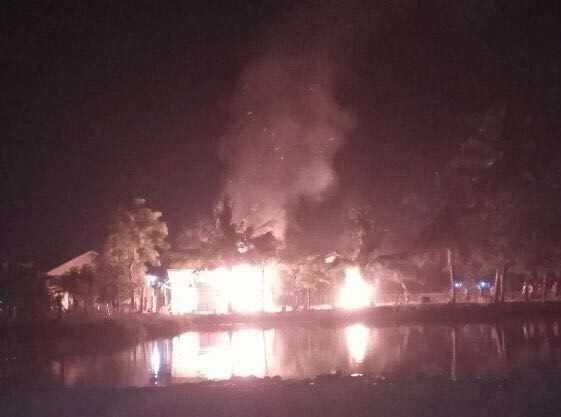 Masjid Muhammadiyah dibakar
