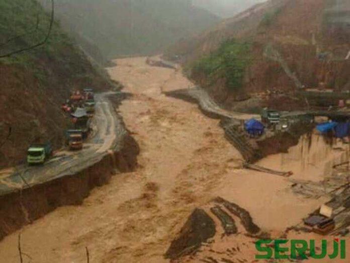Banjir Pacitan