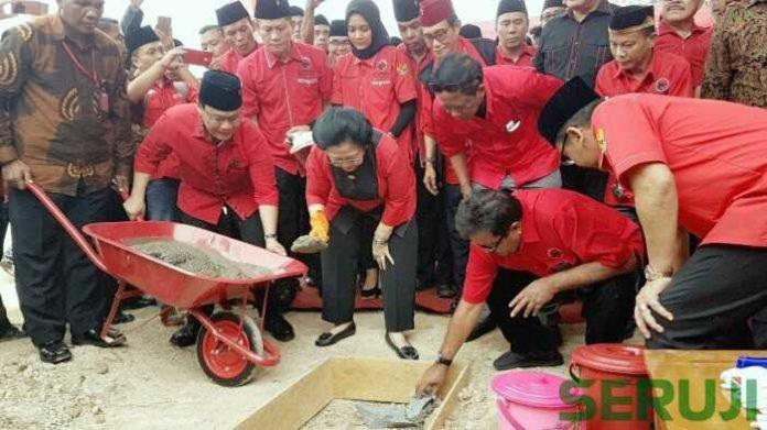 Groundbreaking gedung serbaguna DPD PDI Perjuangan Banten