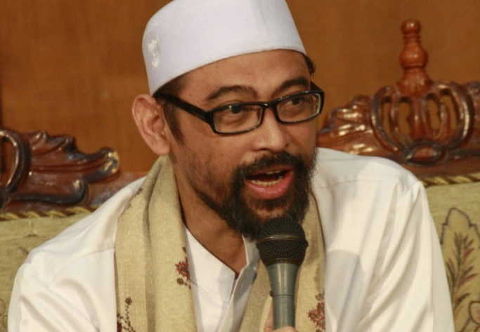 KH Luthfi Bashori