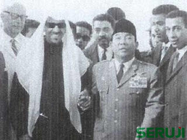 Momen Sejarah Pertemuan Ir Soekarno dan Raja Saud di Saudi Arabia 1955