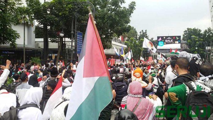 Aksi Bela Palestina di Bandung