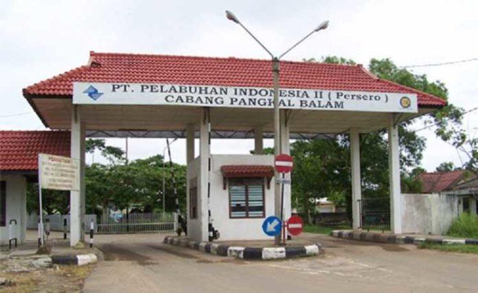 pelabuhan Pangkal Balam
