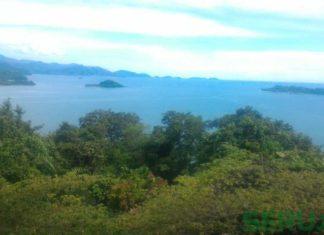 Samudra Hindia dilihat dari Gunung Padang
