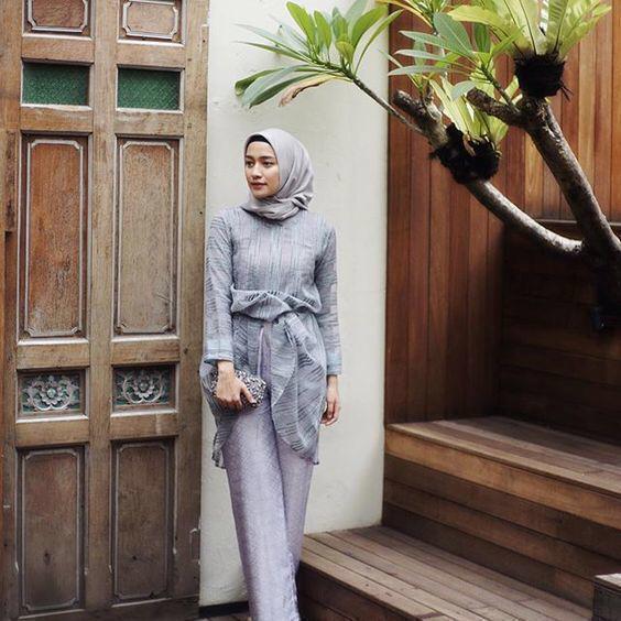 Lima Ide Outfit Kondangan Padu Padan Celana Dan Atasan Seruji